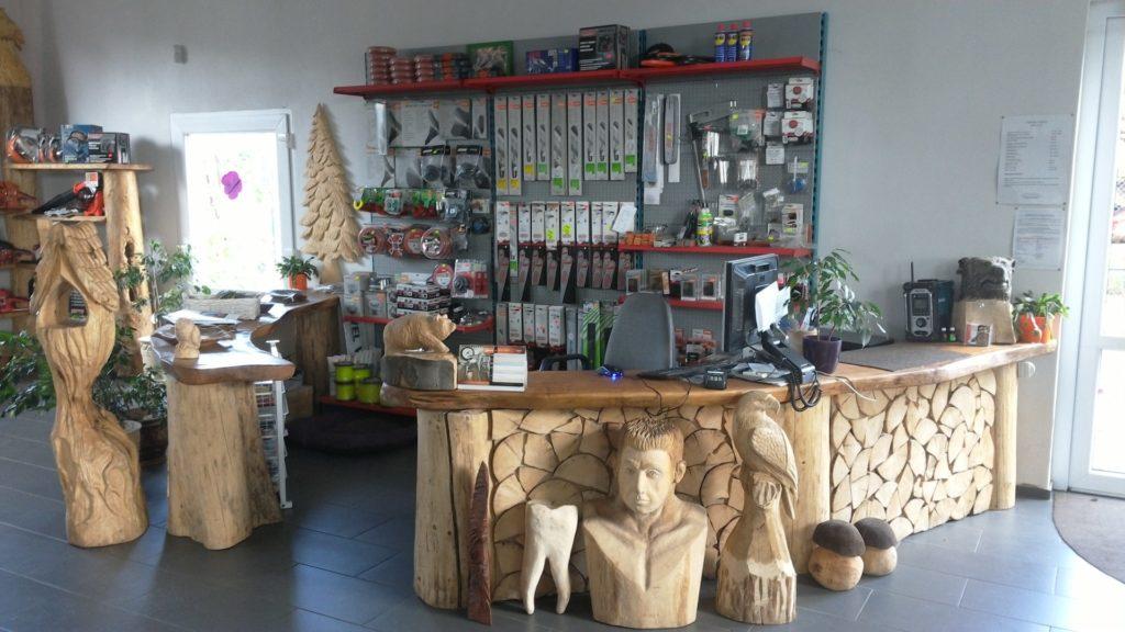 Prodejna zahradní techniky Červotoč v Košťanech (okres Teplice)